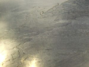 アルミダイカストの一般的な鋳肌 研磨仕上げ